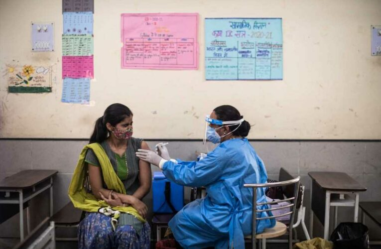India's daily death toll crosses 4,500 as Covid-19 cases stay below 300,000