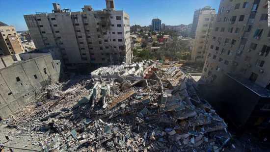 Israeli airstrike destroys Gaza building with AP, Al Jazeera offices