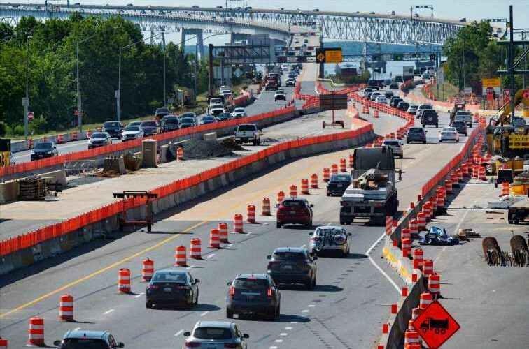 Senators reach bipartisan agreement on $300 billion for highways, roads and bridges