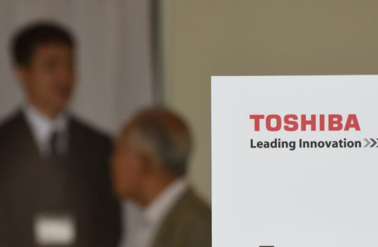 Toshiba blames troubles on former CEO's 'confrontational approach' to shareholders