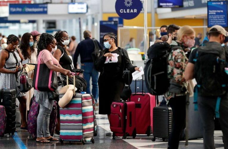 Air travel exceeds pre-pandemic levels for 1st time heading into July 4th weekend