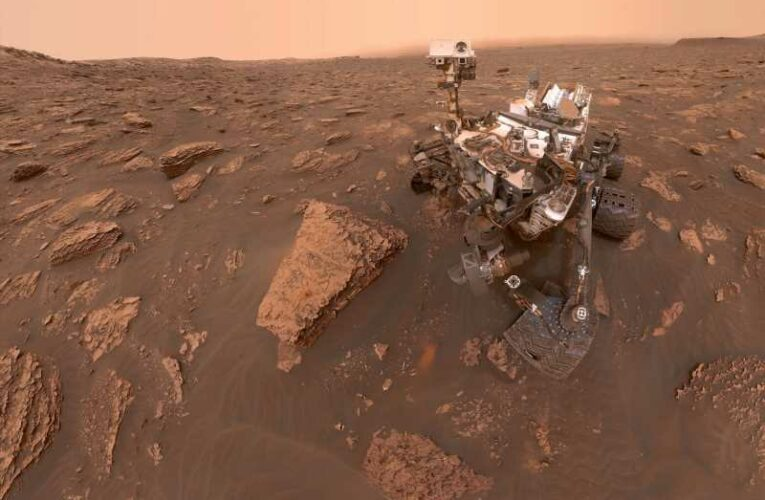 Evidence of ancient aliens on Mars has been 'erased', Nasa scientists say