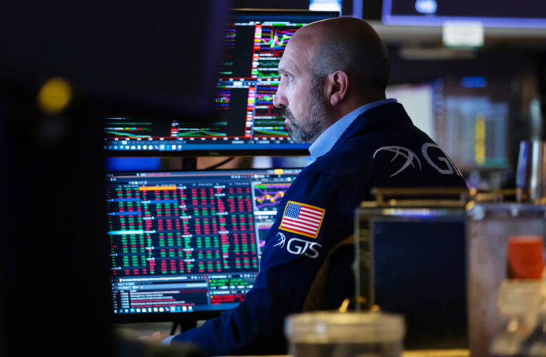S&P 500 rises slightly to record high ahead of big earnings reports this week