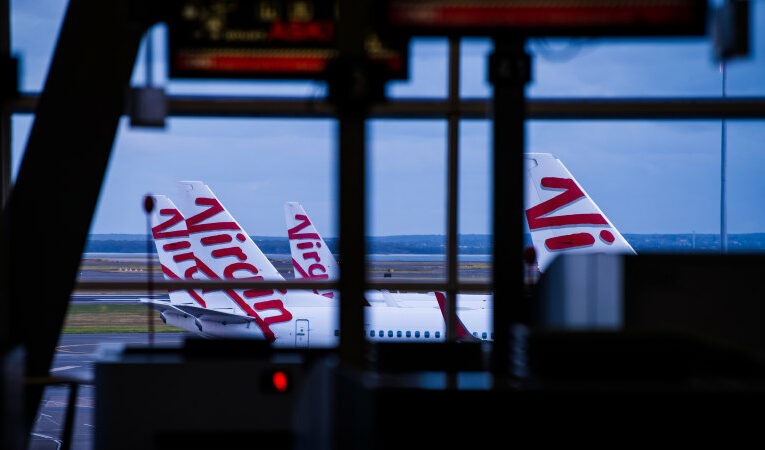Super giants bid $22b for Sydney Airport