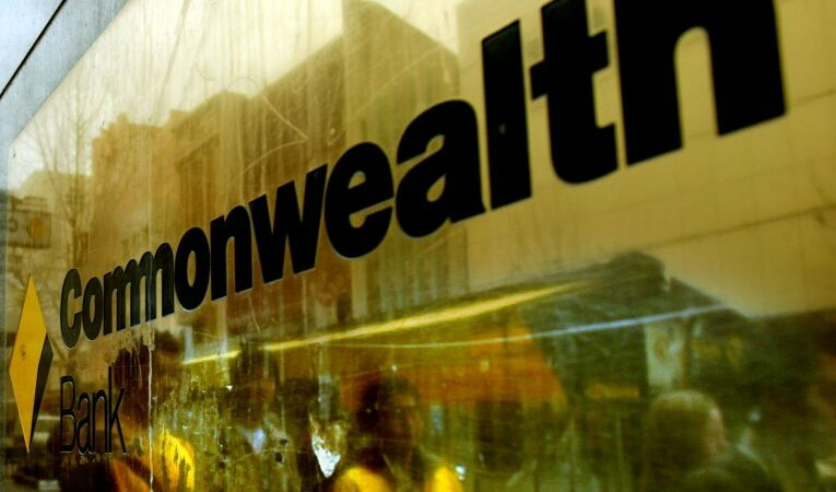 CBA announces $6 billion share buyback, dividend hike as profits jump 20 per cent