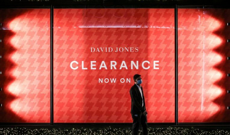 David Jones returns to profit growth as recent lockdowns savage sales