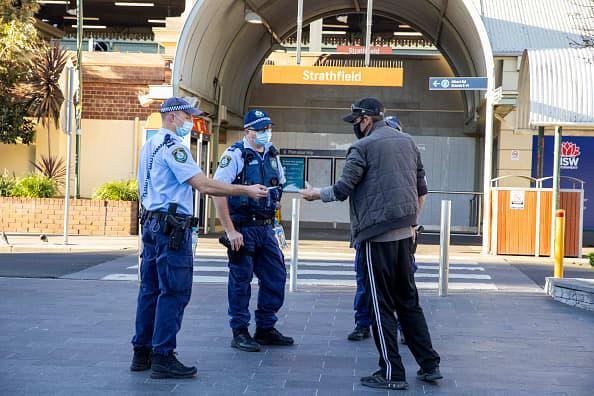 Roadblocks erected in Sydney as Australia battles delta outbreak