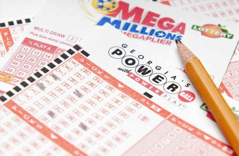 Both Mega Millions and Powerball jackpots are now above $400 million. If you win big, here are 3 key things to consider